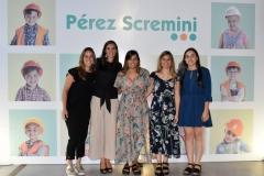 Fundación-Perez-Scremini-y-representantes-de-Farmashop.-Fernanda-Praderi-Sofía-San-Cristóbal-Lorena-Palmieri-Florencia-Blanco-y-Adriana-Viazzi.