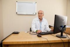 Dr. Luis  Ney Castillo
